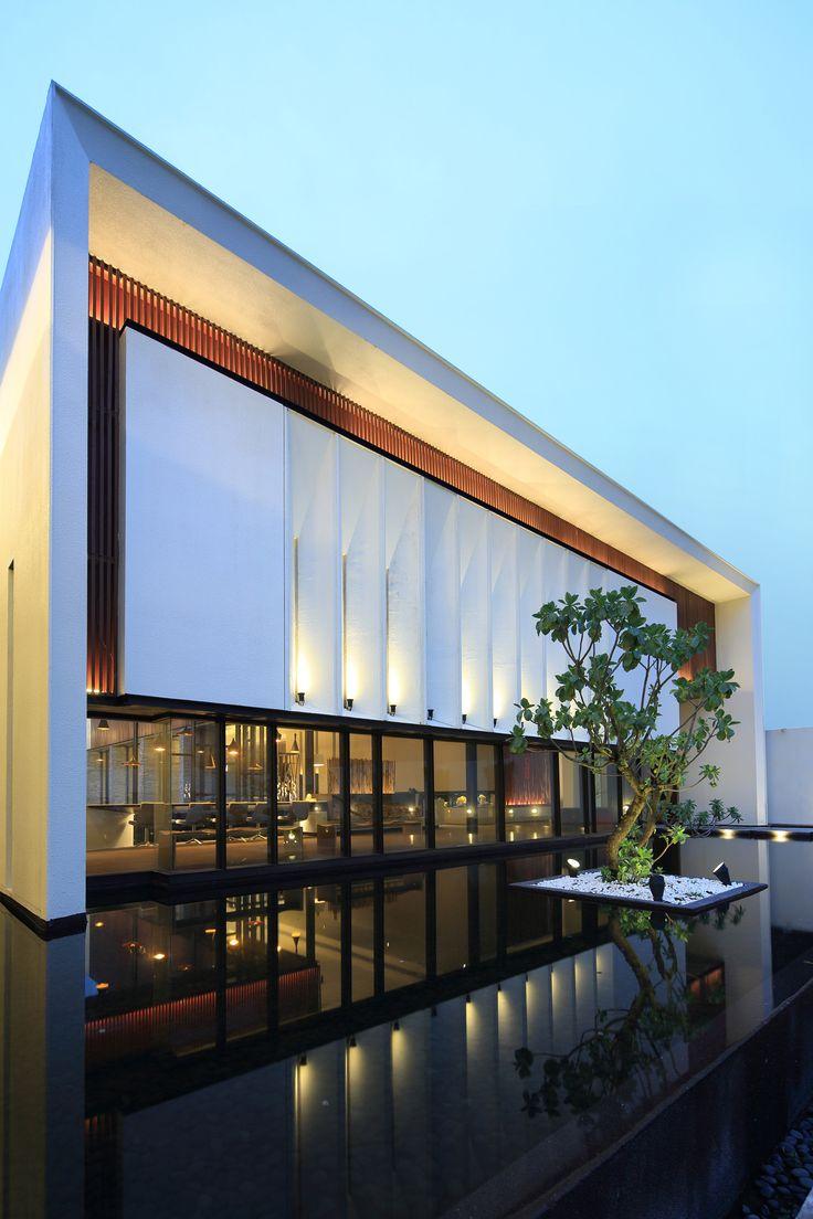 Gallery - Exquisite Minimalist / Arcadian Architecture + Design - 12
