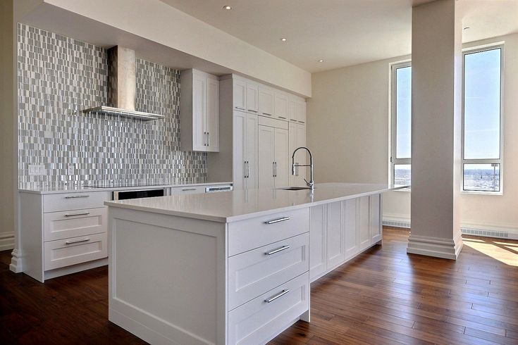 Immobilier Et Logement A Vendre Au Quebec 8983 Logements Vanity Double Vanity Bathroom Vanity
