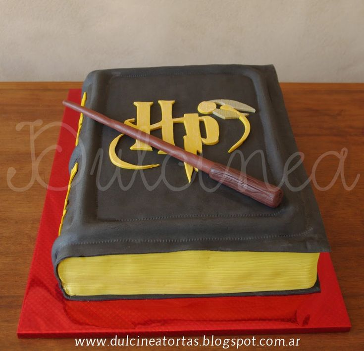 Torta Libro Harry Potter