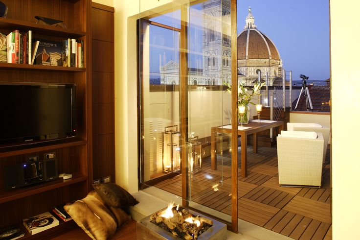 """Open my heart and you will see, graved inside of it, """"Italy"""" #luxury #italy #florence"""