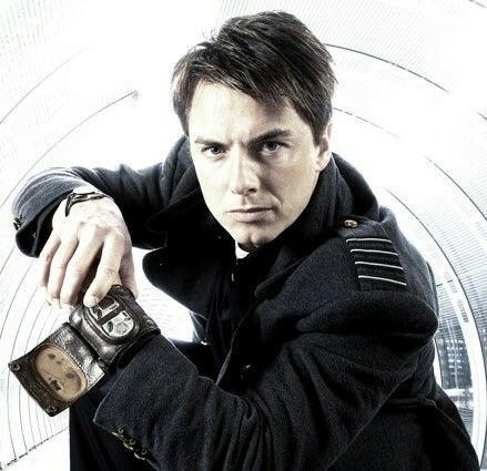 Capitán Jack Harkness. Dr. Who/ Torchwood.===
