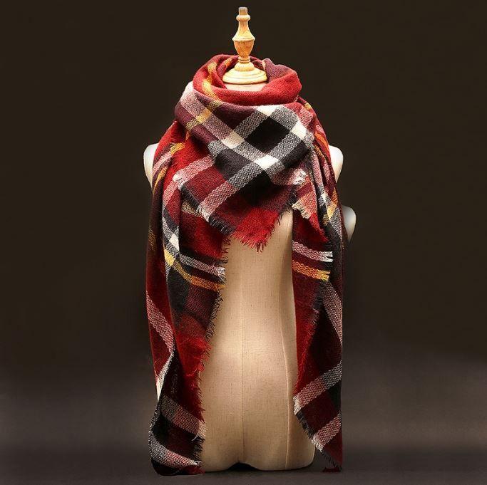 Velká dámská luxusní teplá šála – červená – SLEVA 50 % + POŠTOVNÉ ZDARMA Na tento produkt se vztahuje nejen zajímavá sleva, ale také poštovné zdarma! Využij této výhodné nabídky a ušetři na poštovném, stejně …