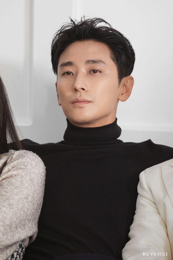 주지훈, '킹덤' 보고 반했지훈? (feat. 저하의 눈부신 용안 ...