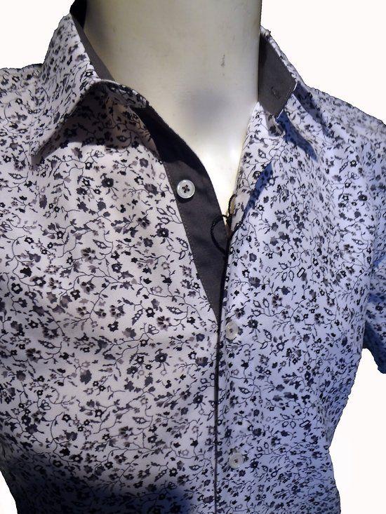 les 25 meilleures id es concernant chemise a fleur homme sur pinterest t shirt fleur fleurs. Black Bedroom Furniture Sets. Home Design Ideas