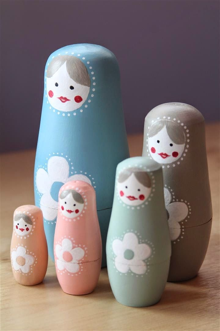 emuse: How to design a unique set of Russian dolls