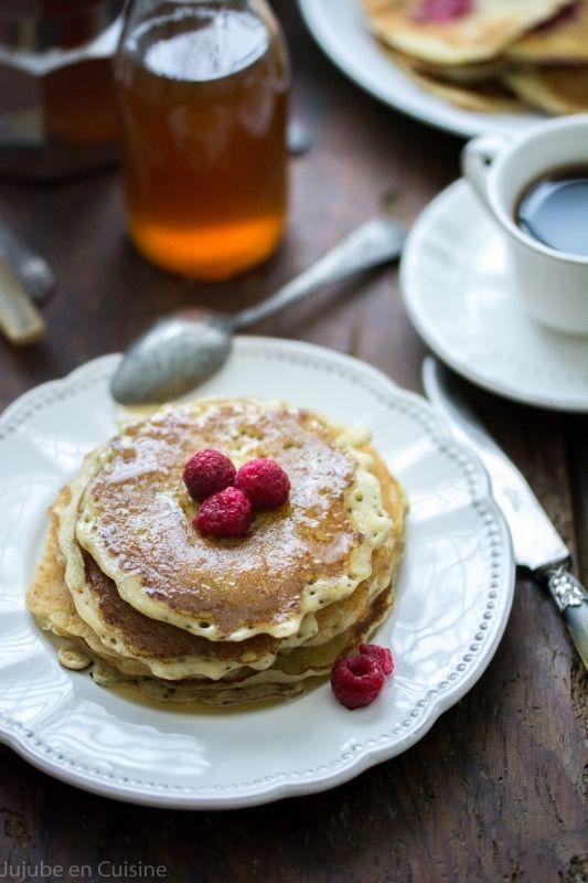 Pour ~ 15 pancakes 250 g de farine de blé 50 cl de lait végétal (ici soja) 50 ml d'huile végétale (ici tournesol) Pancakes sans œuf, sans lait, sans beurre: pour 25 pancakes 50 g de sucre de canne blond (ou autre édulcorant de votre choix) 1 c. à café de levure ou bicarbonate 1 pincée de fleur de sel Jujube en cuisine