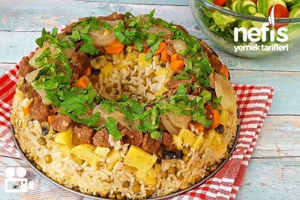 Kek Kalıbında Sebzeli Pilav Videosu