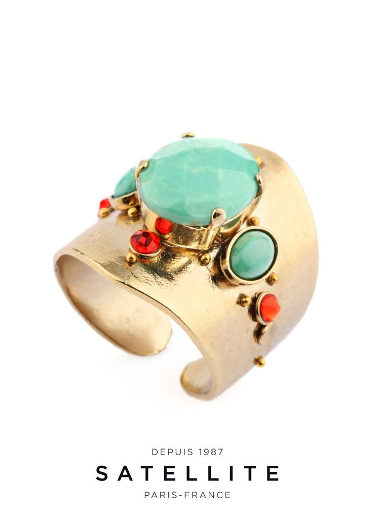 We love the unusual volume of this Satellite ring with turquoise cabochons, coral strass and brass beads. A trendy and luminous piece! #bague #ring #bijoux #jewelry buy it here : http://en.satelliteparis-boutique.com/catalog/product/view/simple/7858/id/8473/s/bague-yoona/category/133/?simple=7858