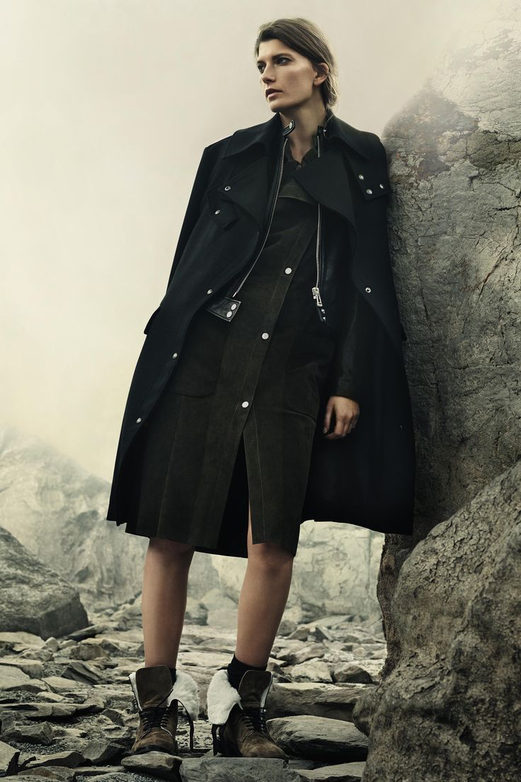 http://www.vogue.com/fashion-shows/pre-fall-2016/belstaff/slideshow/collection