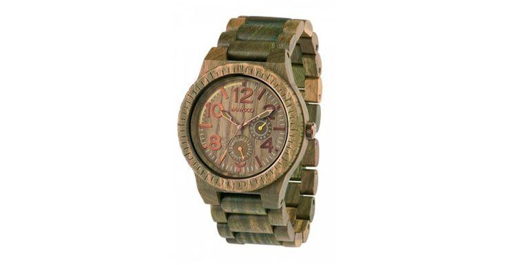 Ceasul WeWood Kardo Army nu este unul obisnuit. Este confectionat din lemn natural si ceea ce trebuie pentru a iesi in evidenta intr-un mod placut. #WeWood #Kardo #Army #ceas #fashion