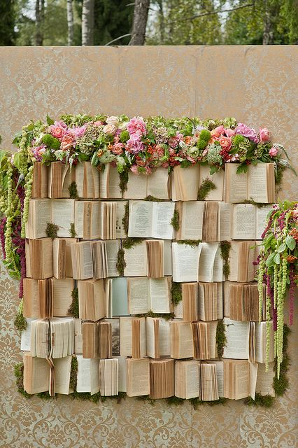 Wedding ceremony book backdrop - for our fellow bookworms! Loved by www.greekweddings.com