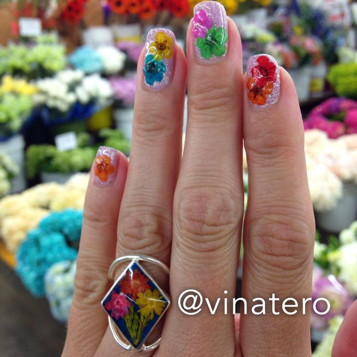 The 19 best Flower & Spring Nail Art images on Pinterest | Flower ...