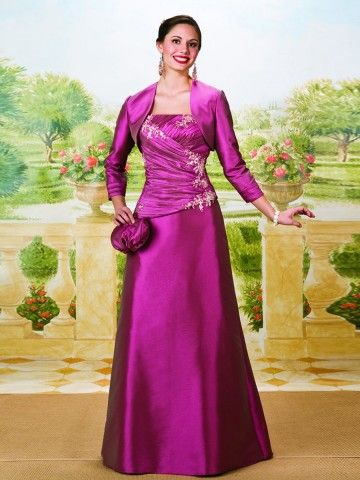 Great for anyone - particularly mother/aunts/older sisters at weddings. gorgeous color