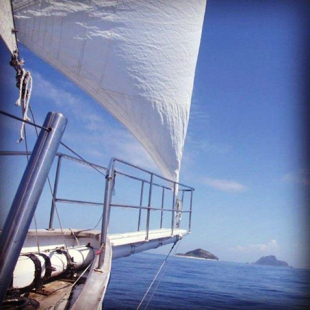 #sailing to #modrikiisland in #fiji where #tomhanks filmed the #movie #castaway #awesomeadventuresfiji #boating #bluesky #boat #castawayisland #exotic #goodlife #holiday #igdaily #luxuryyacht #mamanucaislands #nautical #ocean #photooftheday #seaspraysailing #sailboat #tropicalparadise #traveling #yachtporn #yachtculture #yacht #yachtlife