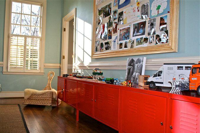 Boy 39 s rooms benjamin moore wythe blue wood floor - Armario ikea ps ...
