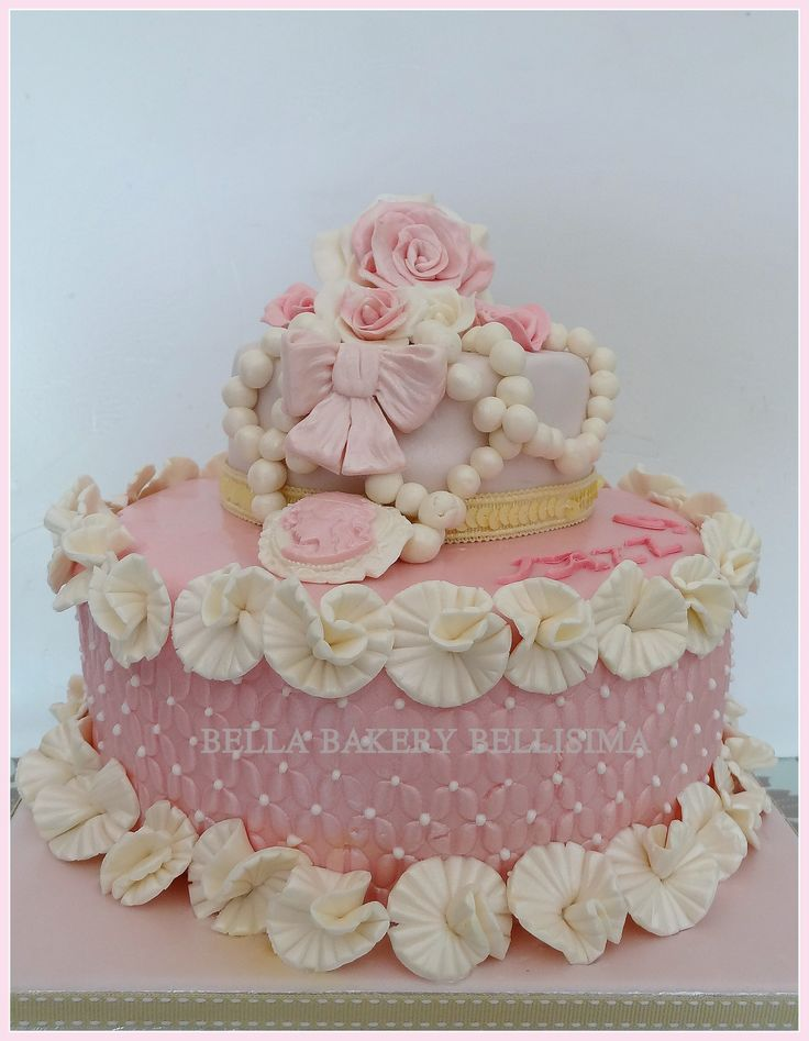 shabby chic bridal shower cakes%0A VINTAGE SHABBY CHIC CAKE