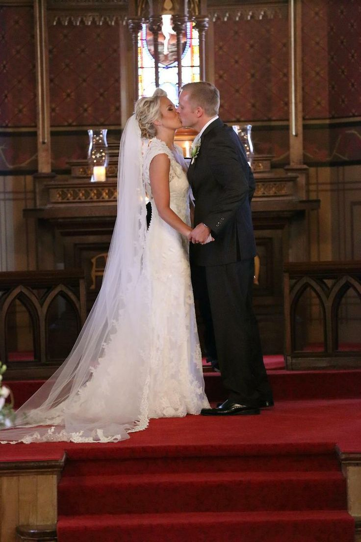HugeDomains.com   Wedding photos, Wedding dresses lace, Wedding
