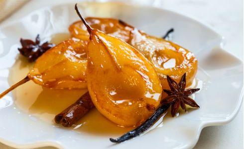 Γλυκά με φρούτα στην κατσαρόλα