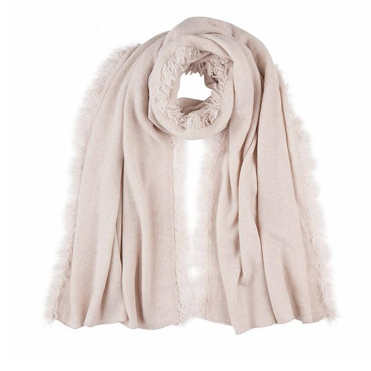 Cashmere Scarf in Cream Royal