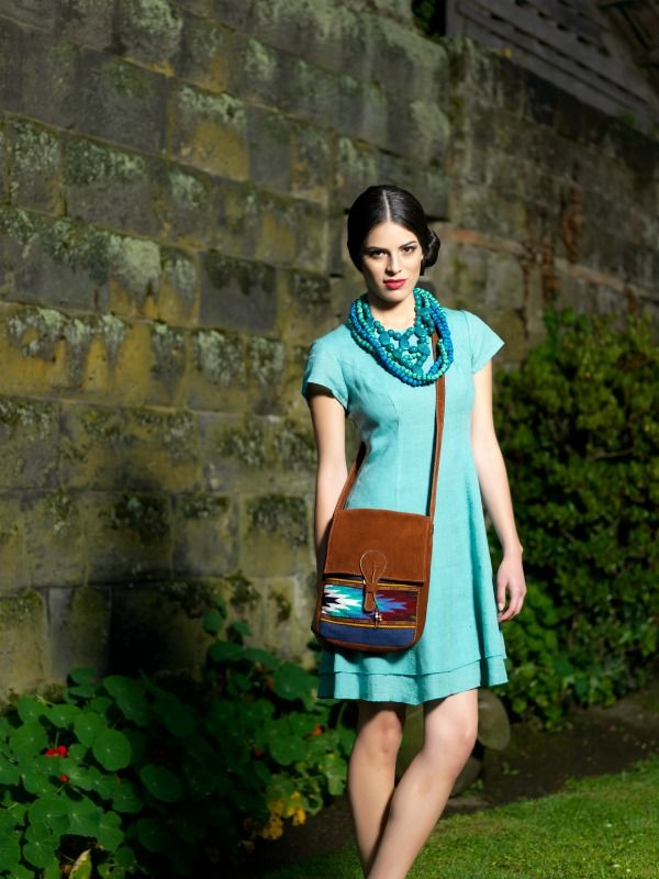 Timeless and colorful. Linen dress Dolly.