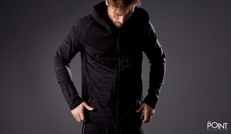 Chaqueta Nike Tech Knit Windrunner Negro, presentamos la #nuevacolección #TechKnit de #Nike, una prenda cargada de prestaciones como transpiración, o comodidad, todo conseguido gracias al tejido #Flyknit, una magnifica elección para esta nueva temporada, que ya tienes disponible en nuestra #tiendaonline #ThePointSelectedSneakers, o haciendo clic en el siguiente enlace: http://www.thepoint.es/es/ropa-nike/1518-chaqueta-hombre-nike-tech-knit-windrunner-negro.html