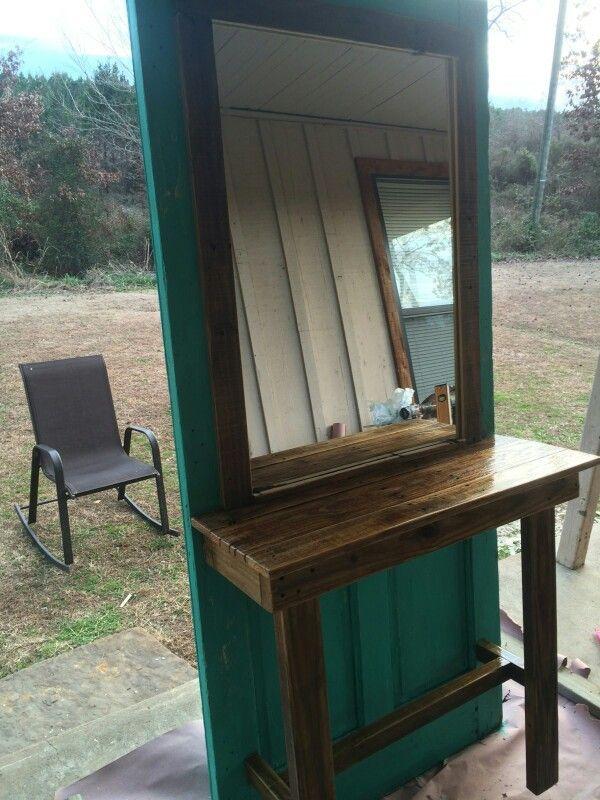 Old door salon station