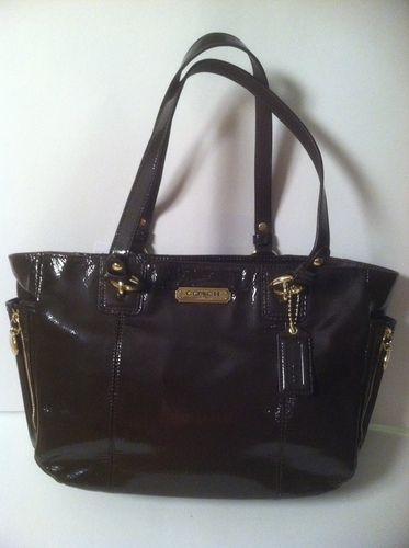 COACH PATENT TOTE retail for 328.00 on sale for $153.00 at blomming.com/mm/giaconisboutique/items