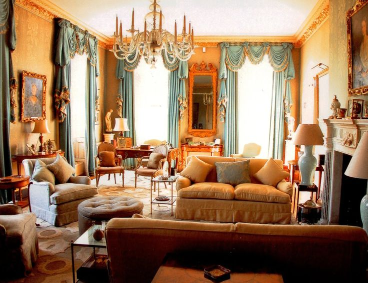 Drawing Room at Cornbury Park of Lady & Lord Rotherwick by the great John Fowler, Published World of Interiors Dec 2008