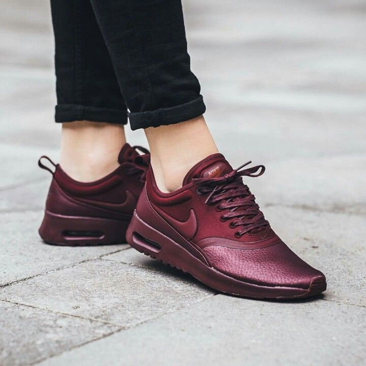 the latest b8d0f 6c7e1 Pin by 《Crystal》 on burgunroon  Air max thea, Nike air max for women, Nike  air max sale