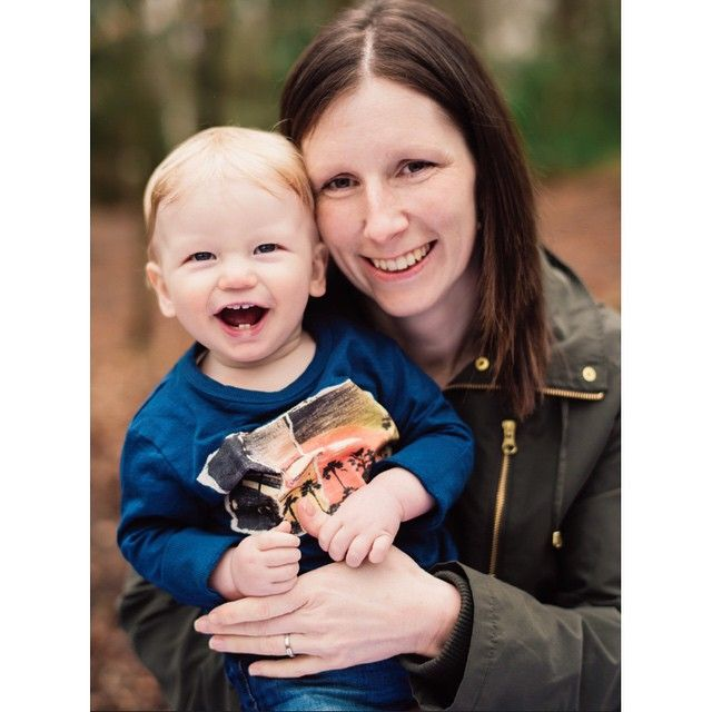 One year old baby photoshoot | Sophie Barwood | Honey & Oats Photography  #babyphotography #oneyearold #mumandbaby