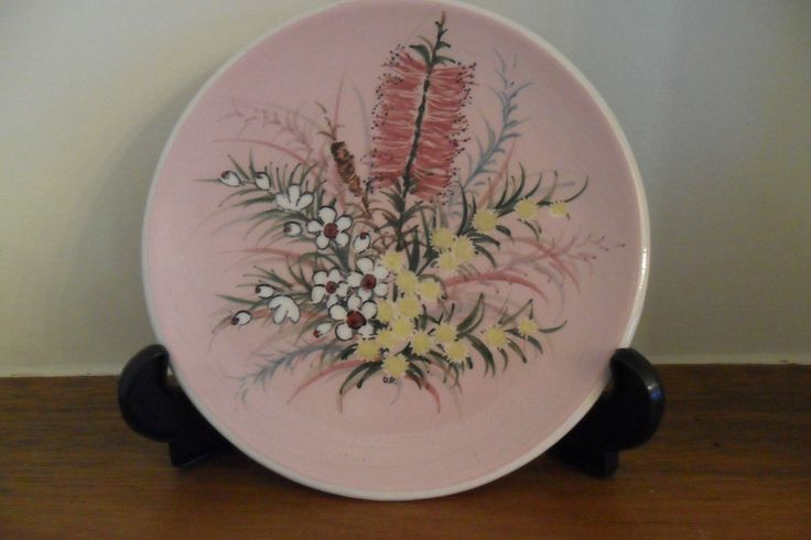 GUY BOYD : Handpainted lovely wall plate.  Bunch of Australian native flowers.