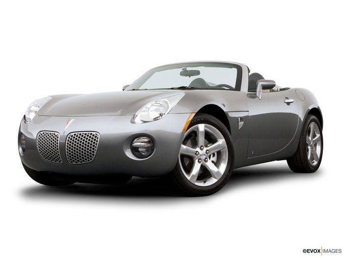 2006 Pontiac Solstice. Overview Pontiac faithful have been getting short shrift in recent years.The GMdivision assigned task of building & selling excitement hasn't been doing well .The Firebird is history.An Australian import wears the emperor's clothes but hasn't earned the crown.A four-door sedan carries the badge once proudly worn by a NASCAR winner.Cheer up, your wait is over. The long-awaited, 2006 Pontiac Solstice is here at last