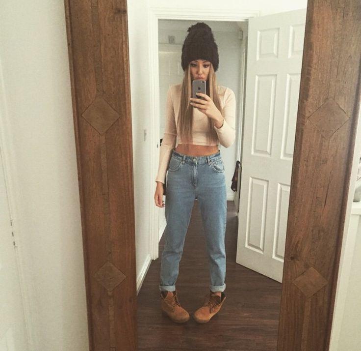 Timberlands, boyfriend jeans, long sleeve cropped t-shirt & beanie