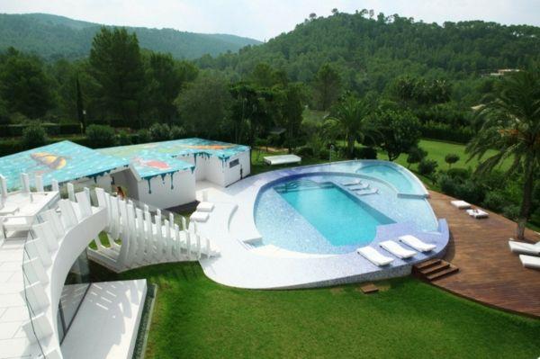 merkwürdiges-pool-im-garten-neue-gestaltungsidee | pool und garten, Garten und erstellen