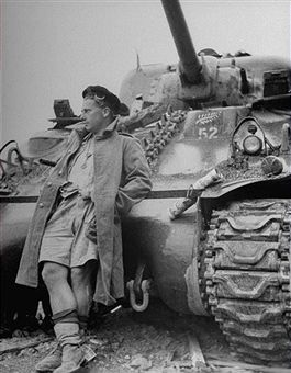 A soldier from the 20th Armoured Regiment of the 4th New Zealand Armoured Brigade leans against his American-made M4 Sherman tank following the end of the heavy bombardment against German forces to secure the town of Cassino, Italy, May 19, 1944. During the combat, known as 'the Battle of Monte Cassino' after the mountain at the base of which lay the town, most of the city destroyed, which necessitated its being rebuilt nearby following the conclusion of the hostilities. Pin by Paolo…