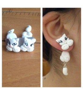 Orecchini bianchi in fimo a forma di gatto