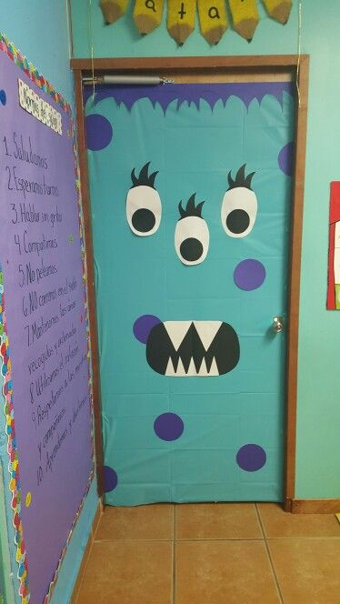 Halloween's door!