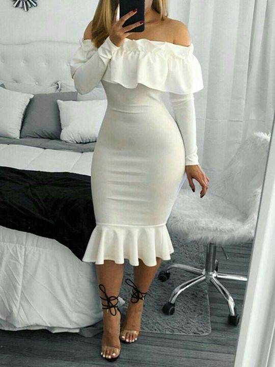 Roupas tumblr - 📷 | Vestidos estilosos, Vestidos, Vestidos legais