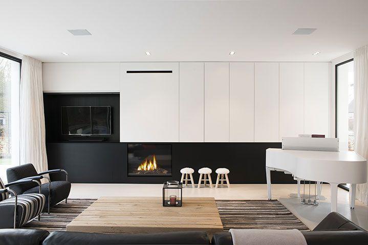 Strakke design villa te schilde keukens uytterhoeven for Interieur villa moderne