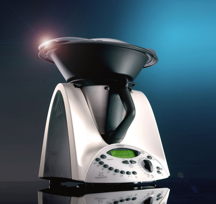 How about giving your hard-working, indispensible Thermomix a thorough pamper and spa treatment. Here are some great cleaning tips as well as a few other useful ideas.