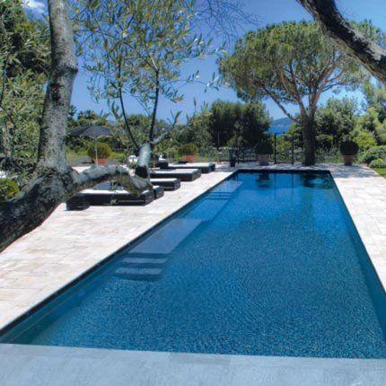 Plonger dans une piscine