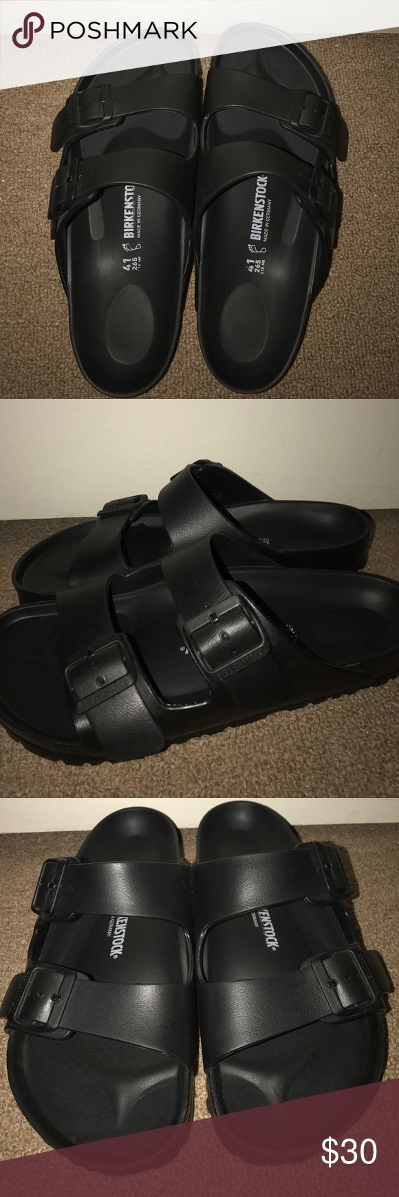 Matte Black Birkenstocks Matte black birkenstock sandals, size 41 euro aka size 8MENS and size 10WOMENS with Adjustable straps and made almost completely out of EVA,(ethylene vinyl acetate) a high-quality, very light, elastic material with very good cushioning. They're brand new only worn once and taken very good care of. Birkenstock Shoes Sandals