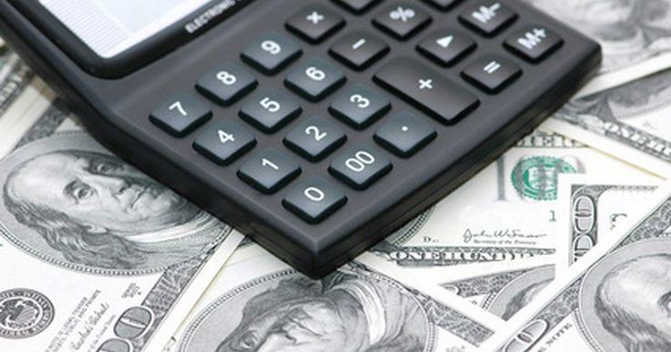 Tratamiento contable de las inversiones. Las empresas pueden invertir ya sea en deuda o en capital. La deuda es cuando la empresa le permite a otra entidad pedir dinero prestado y luego devolver ese dinero con intereses. La equidad es una participación en otra empresa. Para dar cuenta de las inversiones, un contador debe clasificar la seguridad utilizando los métodos de contabilidad para ...