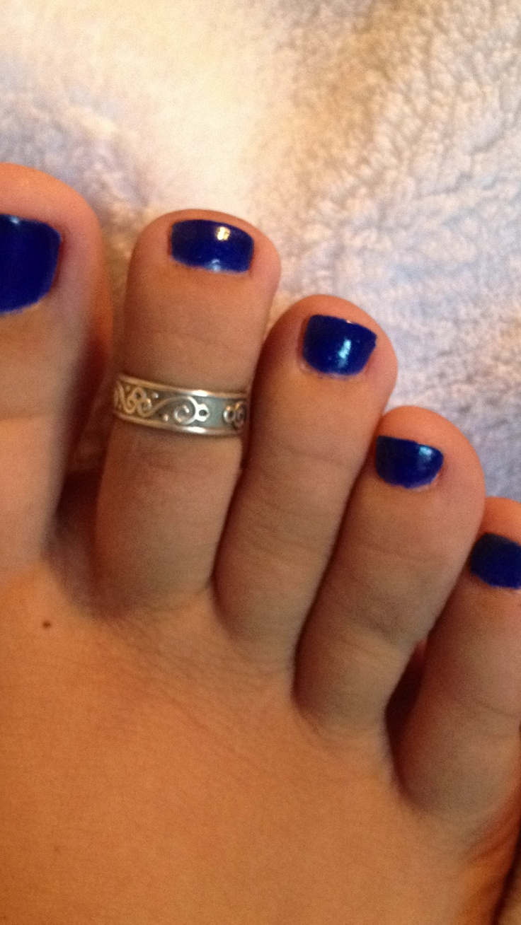 toes blue toenails toering cute feet my girly stuff
