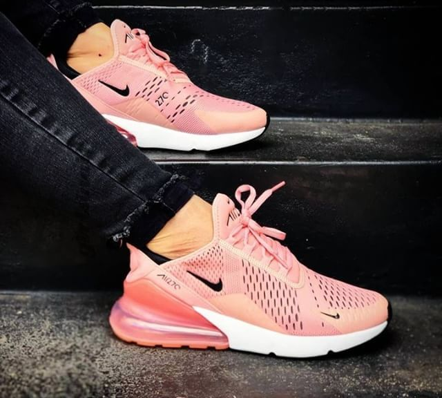 girlsinair One of them. #nikeair #airmax 270s. Picture by