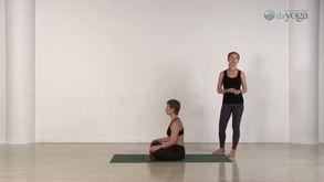 DaYoga - 1-й урок для начинающих. Дыхательные техники утром.