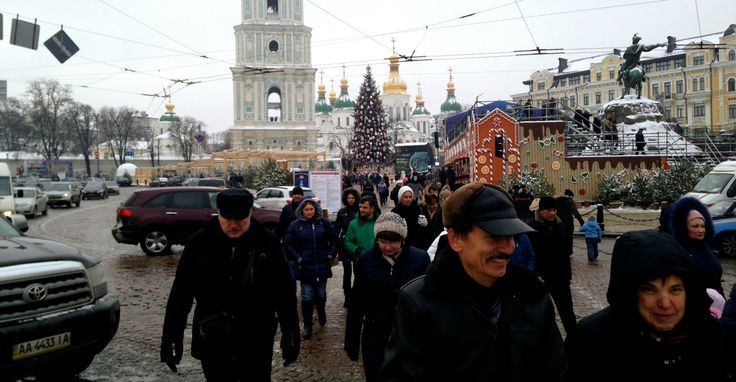 Christmas in Kyiv: Ukraine's Holiday From the War Ends