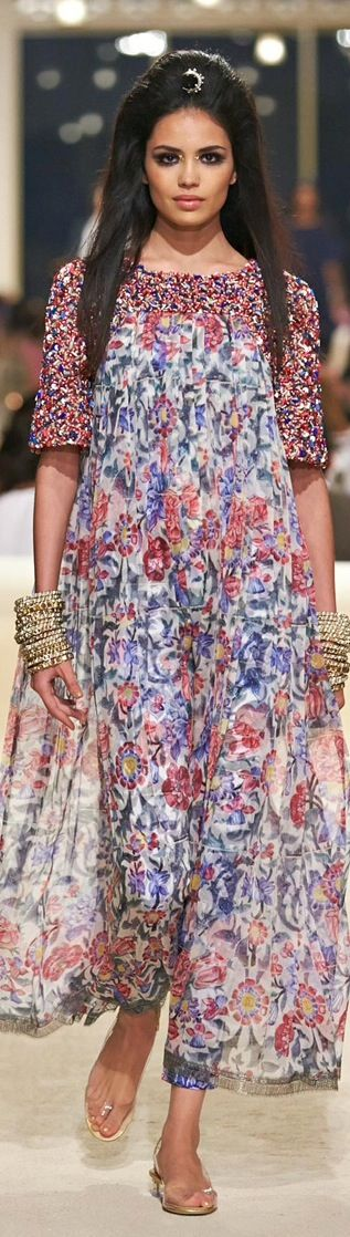 Chanel 2015 -Flower power at the Fashion Show in Dubai