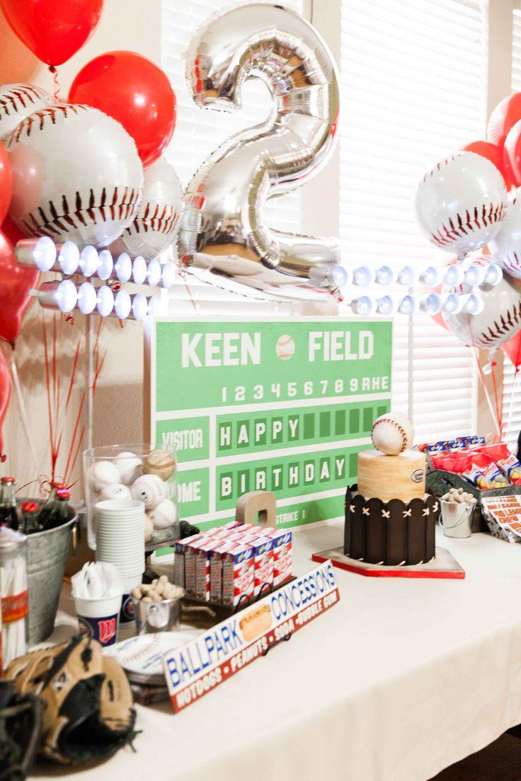 Birthday Baseball Party #baseballparty #baseball #party #baseballcake #marykeen