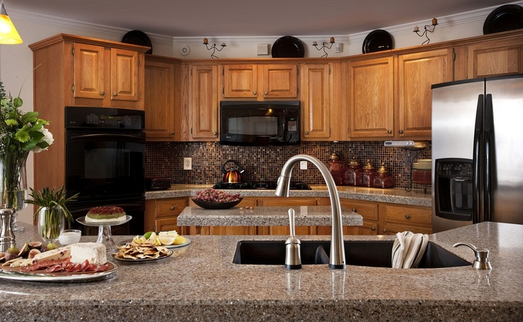 Original Oak Cabinets Grigio Wintermute Countertops Excalibur Backsplash And Granite Sink
